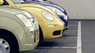 コンパクトカーと軽自動車を徹底比較! 維持費や安全性の違いは!?