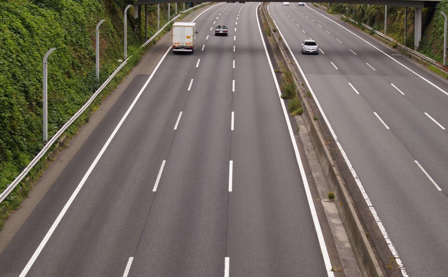 高速道路の逆走