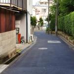 公道と私道の違いを解説! 見分け方や道路交通法との関係は!?