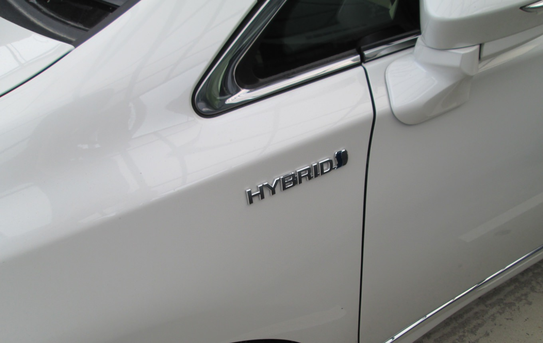 ハイブリッド車両
