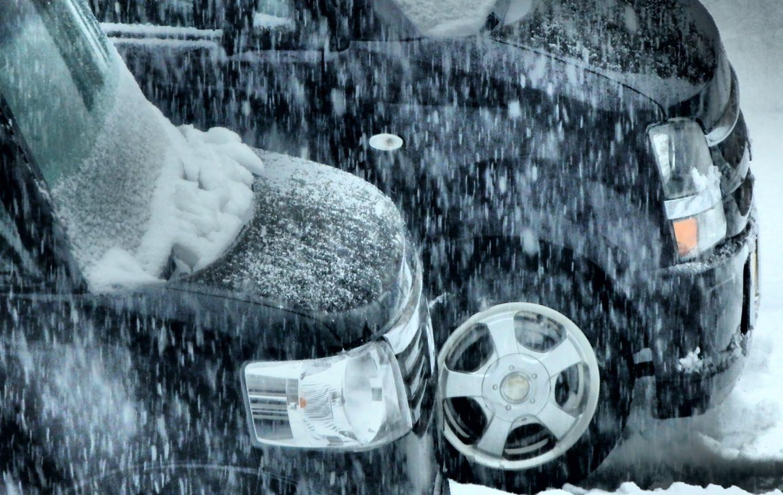 寒冷地の車